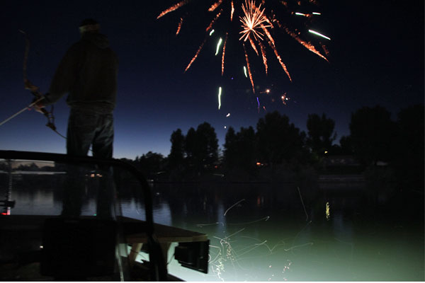 Paddlefish_fireworks_postim